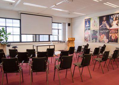 Vergaderzaal Theater - Seats2meet strijp-s