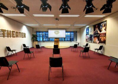 Vergaderzaal-Theater1-seats2meetstrijps